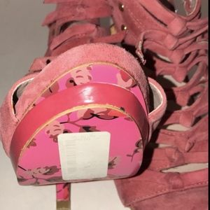 Betsey Johnson Shoes - Betsy Johnson Tianaaa Sz 6.5 Rose Suede Platforms